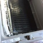 年末の大掃除で換気扇フィルターを洗いました
