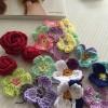 刺繍糸で編むシュシュ