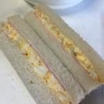 息子の冷やし中華弁当とサンドイッチ